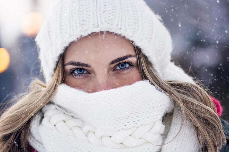 راه های جلوگیری از قرمزی پوست در سرما