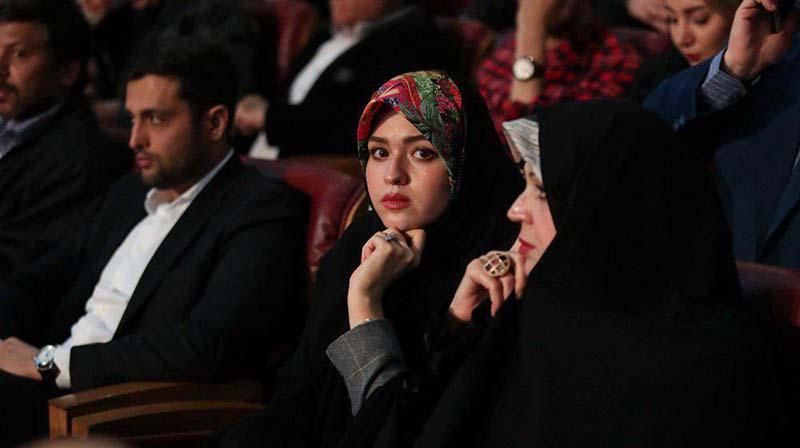 حجاب نتیجه امام خمینی دیشب در اختتامیه جشنواره فجر + عکس