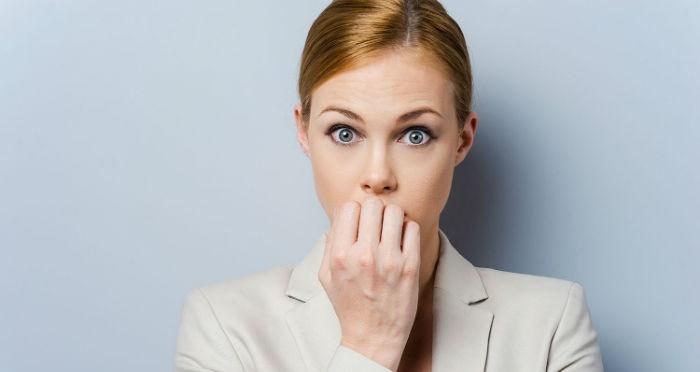 ۱۰ قدم برای این که ناخن جویدن را کنار بگذارید