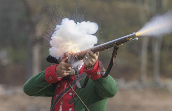 شلیک دیدنی یک سرباز انگلیسی + عکس
