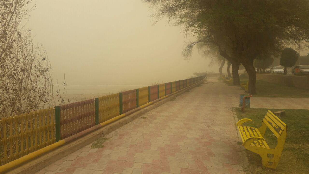 رود کارون در گرد و غبار محو شد! + عکس