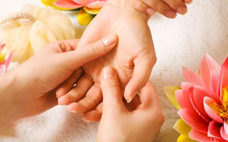 با انگشتان دستتان استرس خود را کاهش دهید