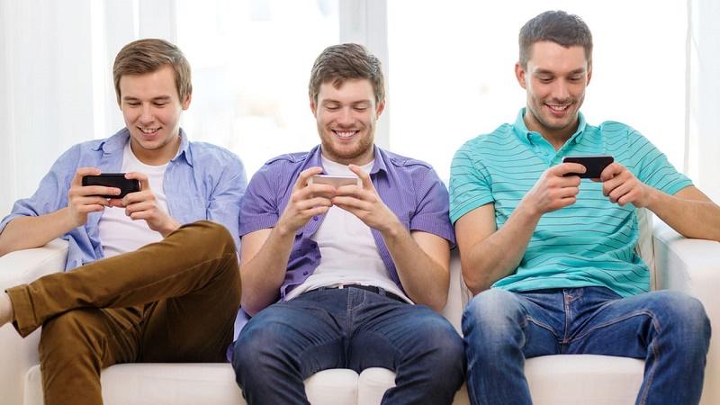 شبکه های اجتماعی برای این دسته از جوانان سودمند است