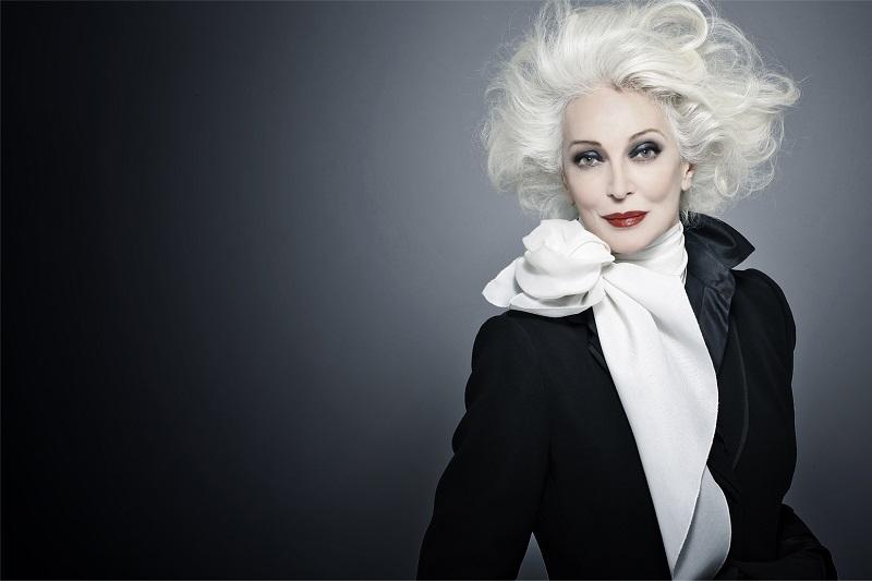 پیرترین مدل جهان در تبلیغات لوازم آرایش