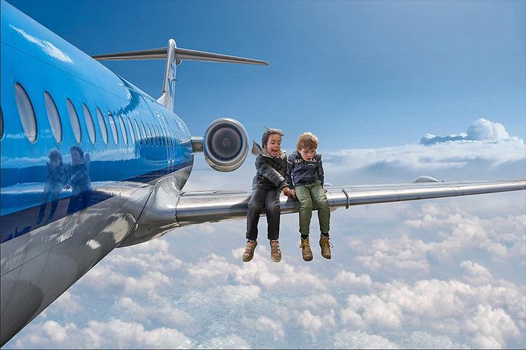 چگونه خودمان را از هواپیمایی که دچار سانحه شده نجات دهیم؟