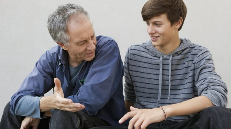 بهترین راه ارتباط نوجوان و خانواده