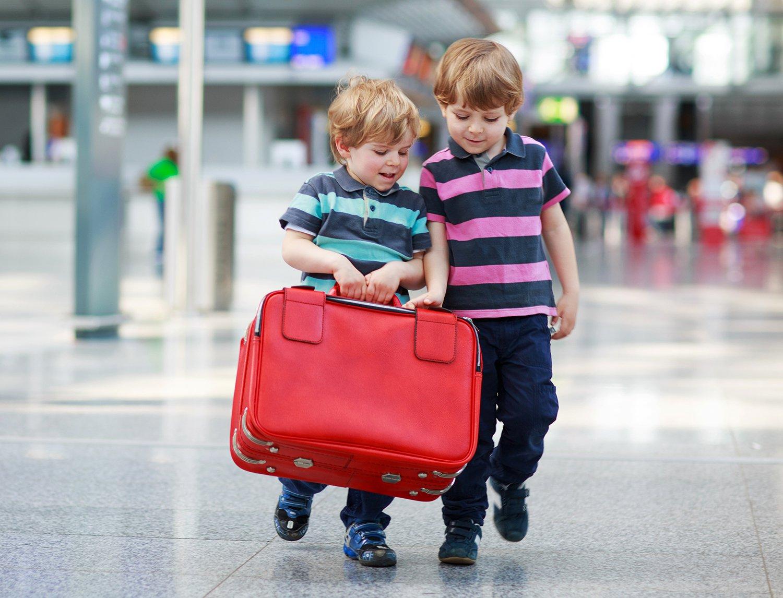نکات ایمنی  در هنگام  سفر یا گردش  با کودکان