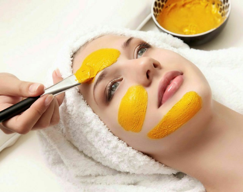 فواید شگفت انگیز زردچوبه برای پوست