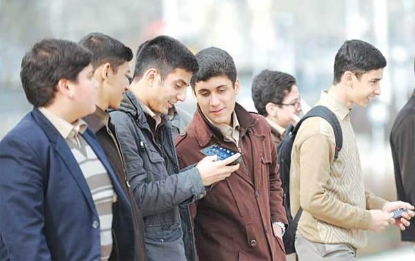 تاثیر شبکههای اجتماعی بر افت تحصیلی دانشآموزان