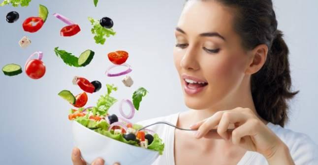 ۱۴ عادت غذایی ساده که به شما کمک می کند تناسب اندام داشته باشید