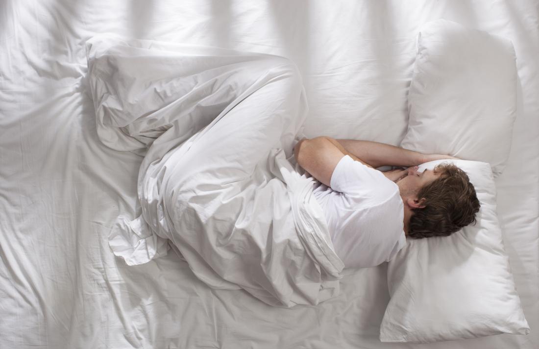 نحوه درست خوابیدن برای کمردرد