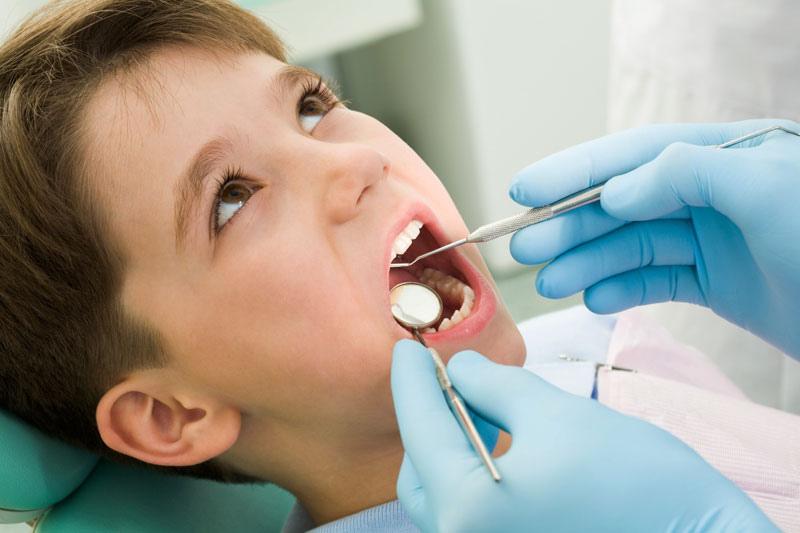غفلت والدین از سلامت دندان کودکان