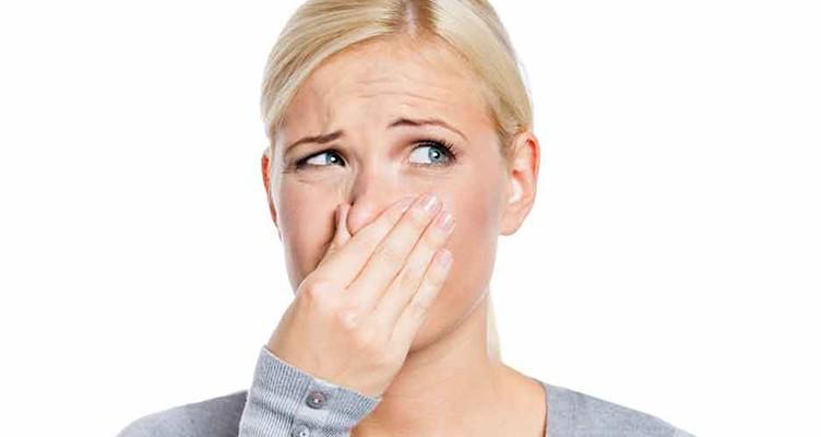 ۴ درمان خانگی برای رفع بوی بد بدن و زیر بغل