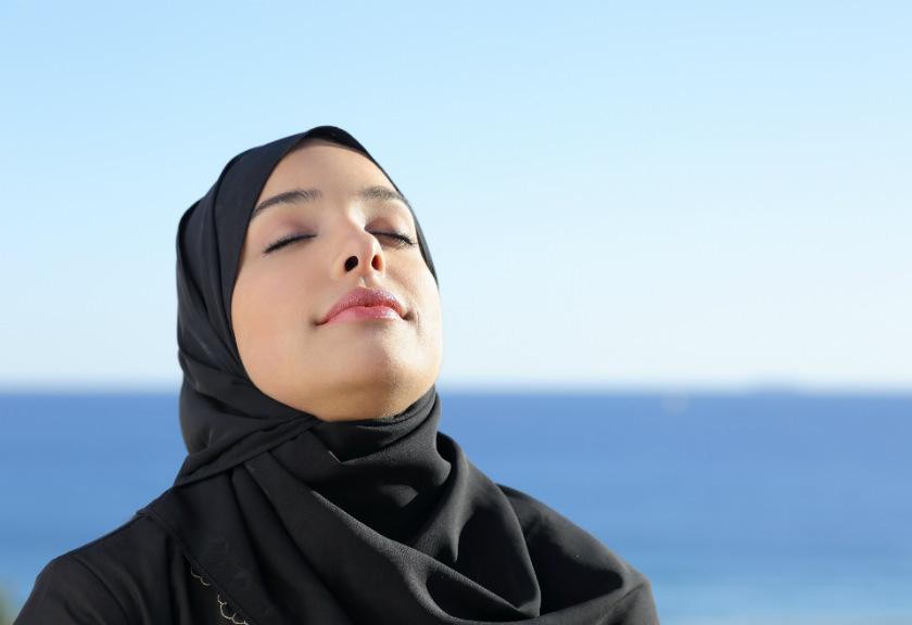 بهترین راهکارهای قرآن برای مبارزه با اضطراب و نگرانی