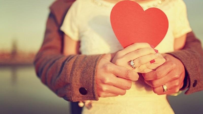 چرا برخی از مردم از کسانی که دوستشان دارند دوری میکنند
