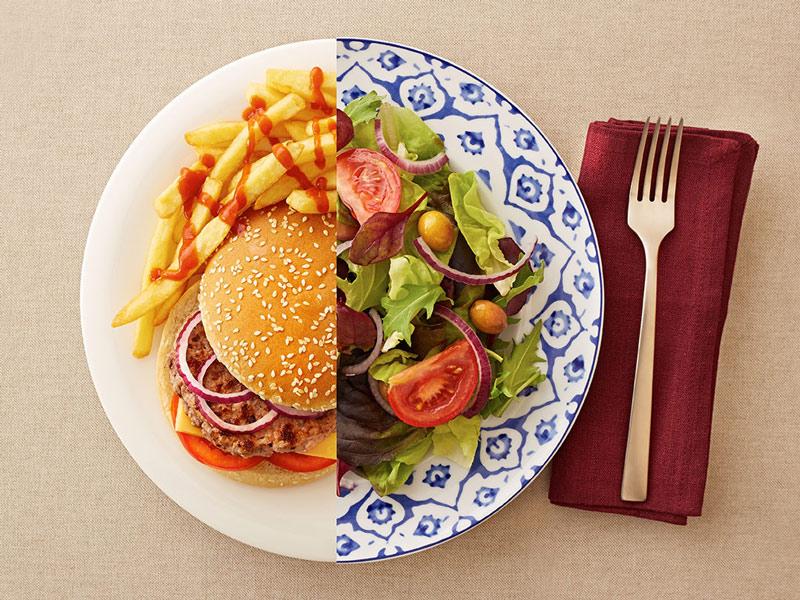 آثار مضر غذاهای پرچرب را با ۸ گام سالم از بین ببرید