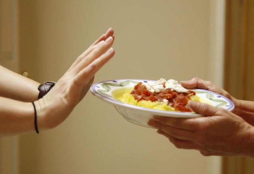 ۶ اشتباه تغذیه ای را هنگام خستگی مداوم، تکرار نکنید