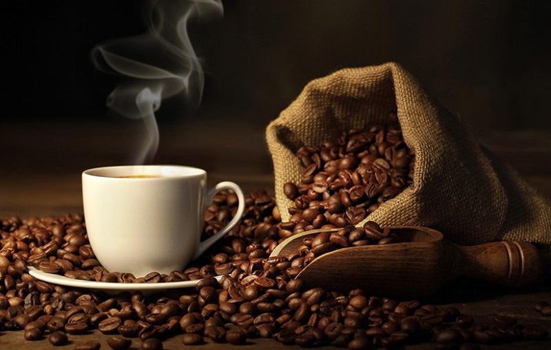قهوه را با این خوراکی ها بخورید تا موثرتر باشد