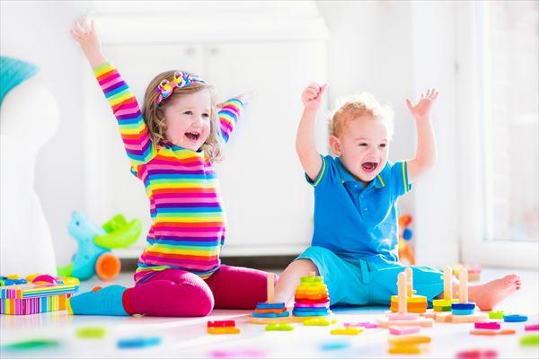 کودکان بازیگوش در میهمانی نوروز