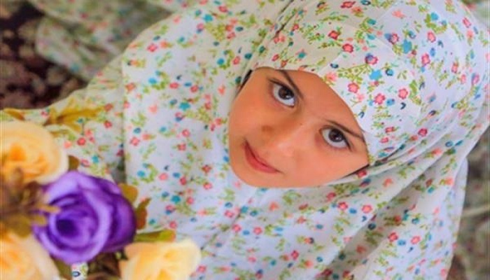 فرزندم علاقه ای به مسجد ندارد، چگونه او را علاقه مند کنم؟