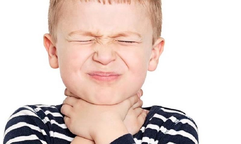 11 روش درمان فوری گلو درد