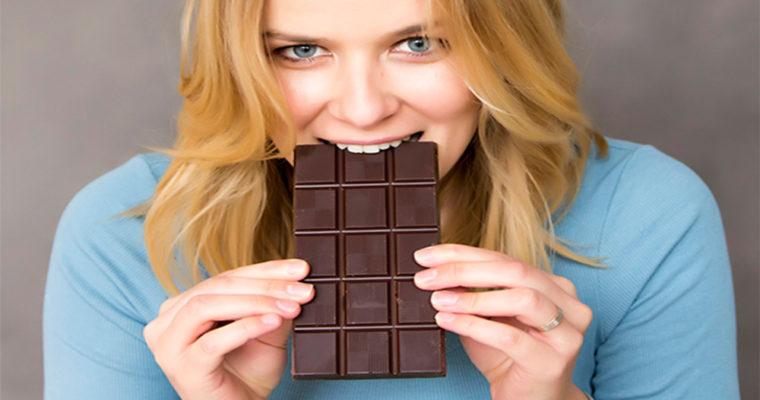 ۵ اثر وحشتناک زیادهروی در مصرف شکلات