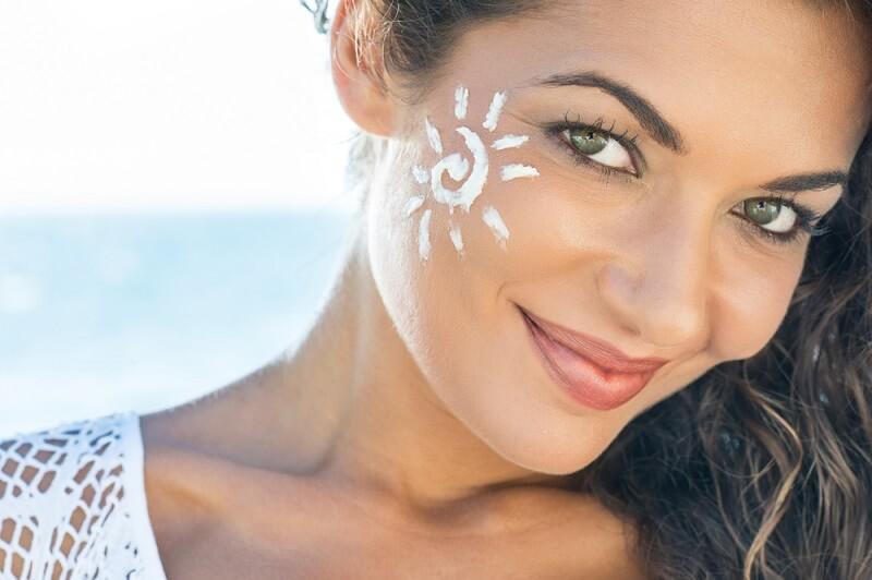 راهکاری ساده برای پیشگیری از افتادگی پوست صورت