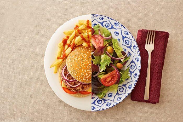 اینفوگرافیک / 14 عادت غذایی ساده که به شما کمک می کند تناسب اندام داشته باشید