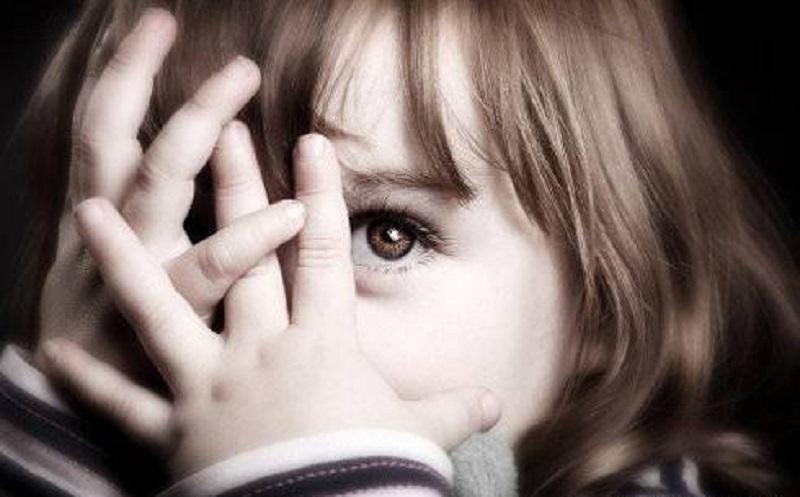 چگونه به فرزندمان برای غلبه بر ترسهایش کمک کنیم