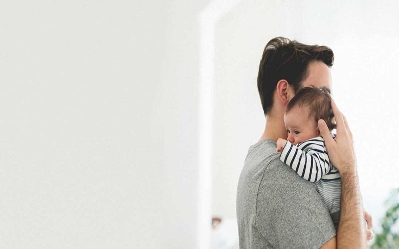 مراقب سلامت روان مردان پس از تولد فرزند باشید