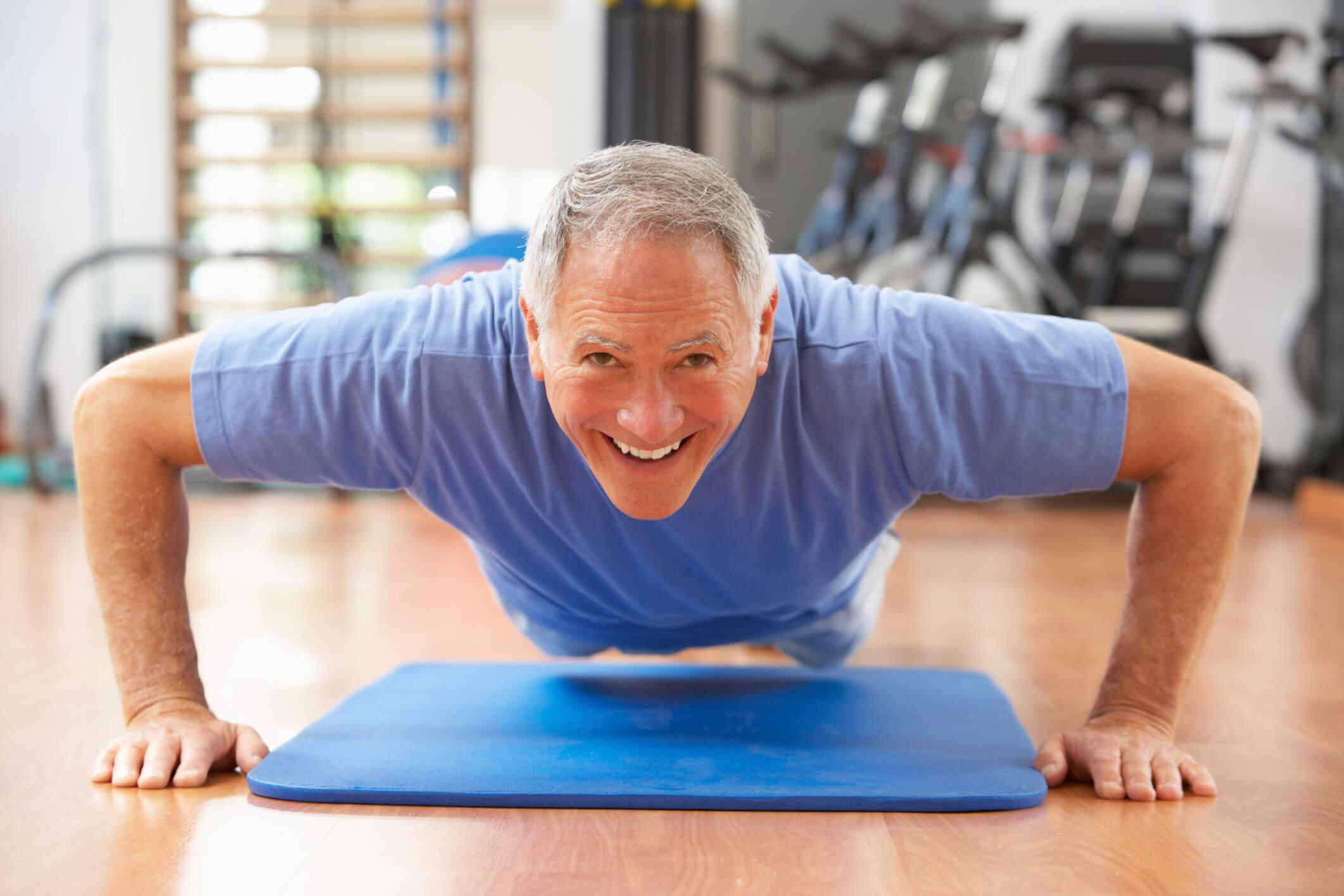 چه ورزشهایی برای افزایش قدرت بدنی سالمندان مناسب است؟