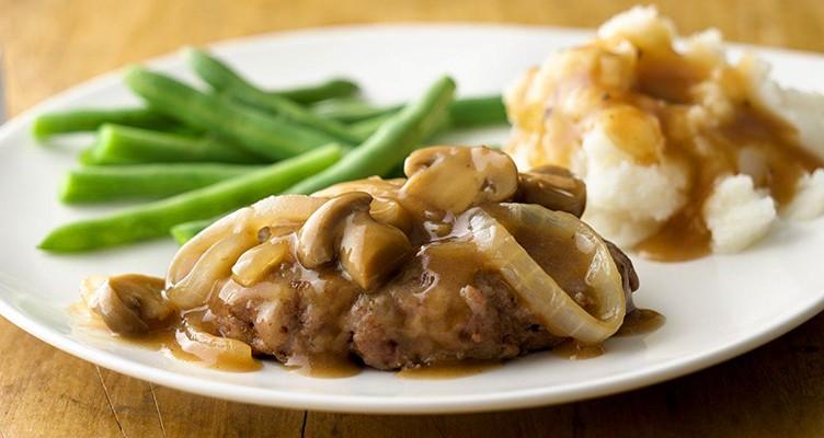 طرز تهیه خوراک گوشت و قارچ مناسب برای افراد کمخون