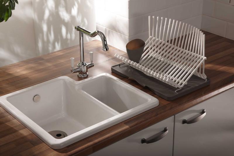 نحوه تمیز کردن انواع سینک ظرفشویی