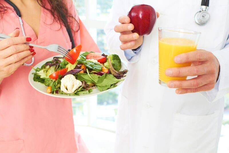 7 گزینه سالم غذایی که همیشه در یخچال متخصصان تغذیه وجود دارد