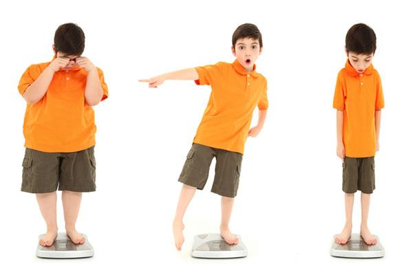 چگونه چاقی را از فرزندانمان دور کنیم
