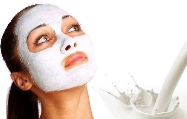 ۵ ماسک خانگی با شیر پرچرب برای افزایش زیبایی پوست و مو