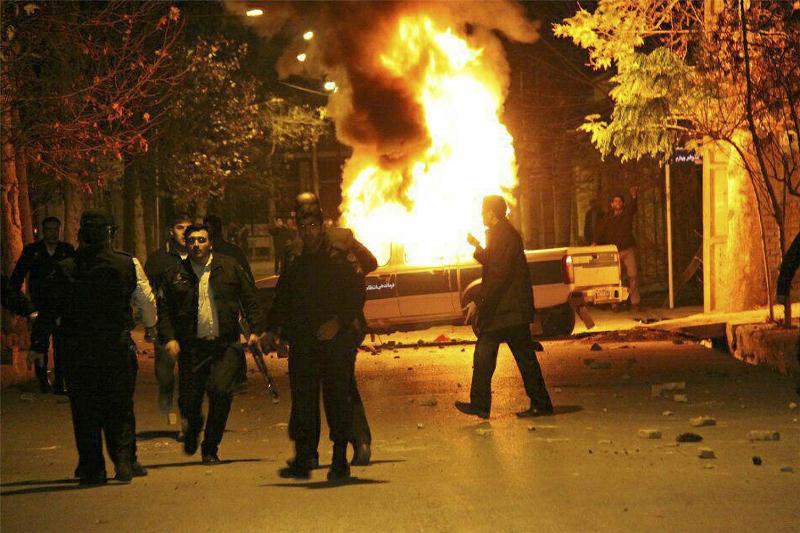درخواست خانواده شهدای آشوبگری دراویش برای قصاص