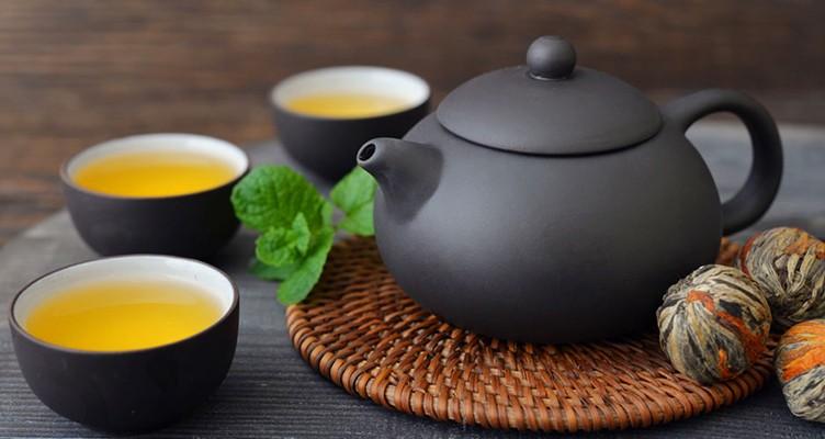آنچه پس از نوشیدن چای در بدن رخ میدهد