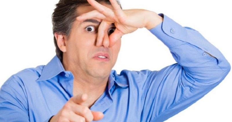 10 چیزی که نمی دانستید باعث بوی بد دهان می شود