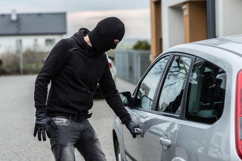 انهدام باند ربایندگان خودرو