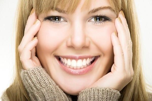 10 راه محو کردن خط لبخند
