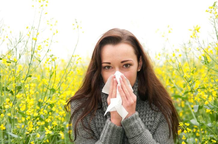 ۷ عامل محرک آلرژی در فصل بهار