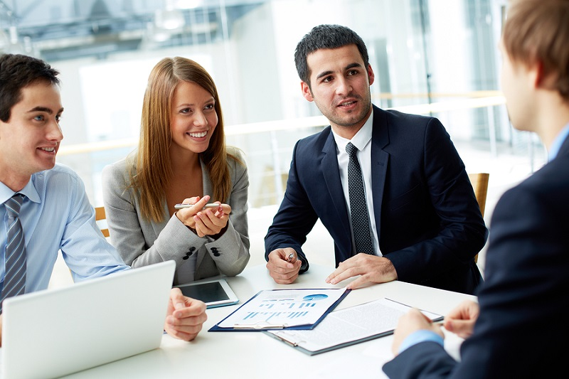 اهمیت رفتار حرفهای در محل کار را درک کنید