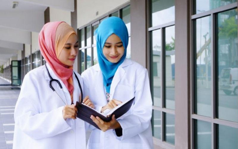نقش مهم کادر پزشکی در فرهنگ سازی عفاف و حجاب