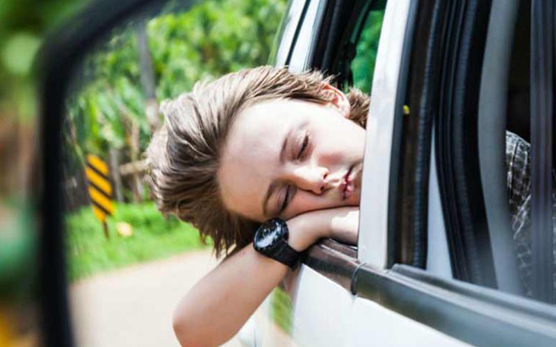 ساده ترین درمان ها برای ماشین گرفتگی در طول سفر