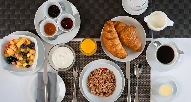 صبحانه، بهترین وعده برای کاهش تری گلیسیرید؛ 5 پیشنهاد غذایی