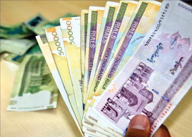 اصل و سود سپردههای ارزی باید با اسکناس ارز پرداخت شود