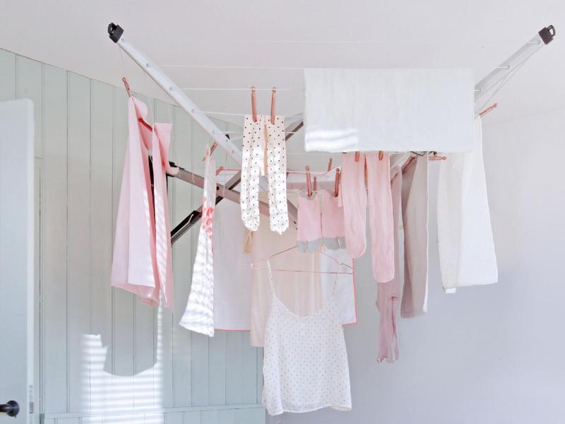 روش های خشک کردن لباس