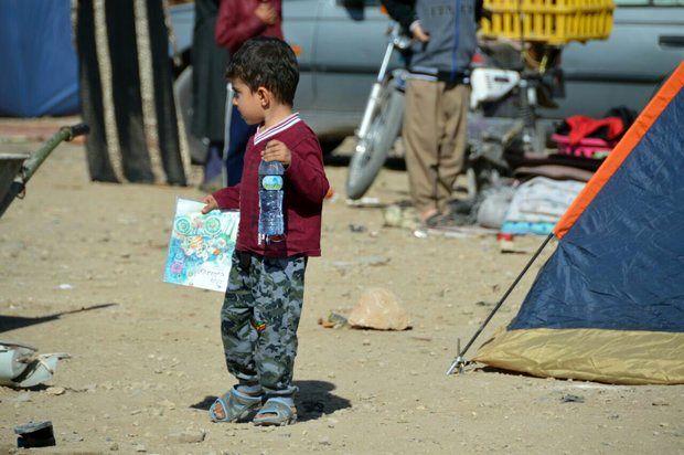 گود فقر بر چشمان کودکان زلزلهزده