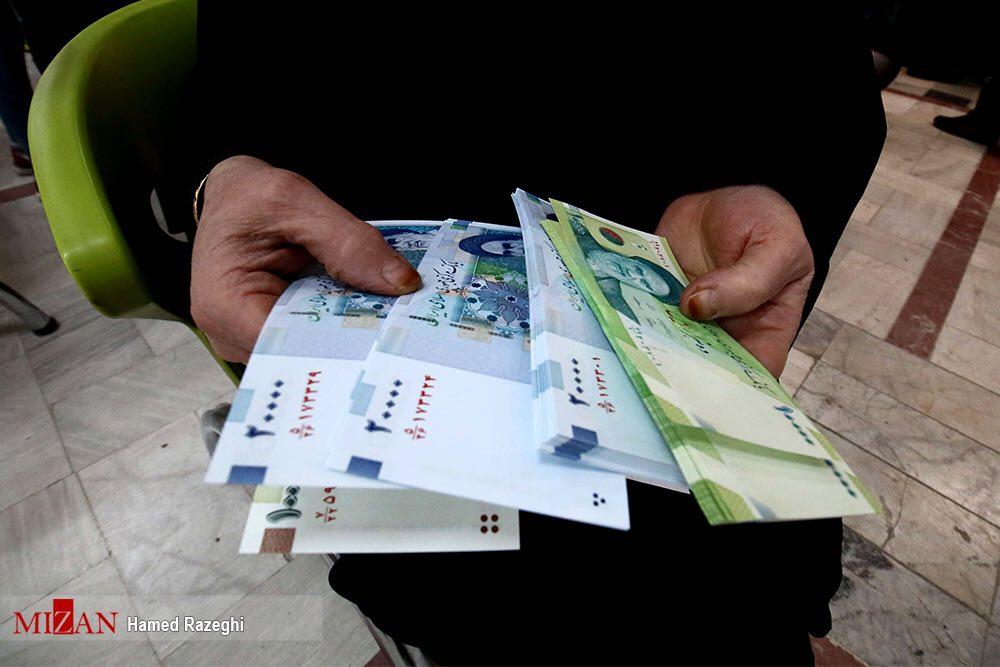 نحوه توزیع «اسکناس نو» در بانک ها! + عکس